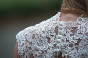 Suknia ślubna vintage, czyli moda dla wielbicielek tego, co już było