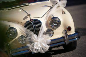 Pojedźcie do ślubu z klasą! Samochody do ślubu dla Ciebie!