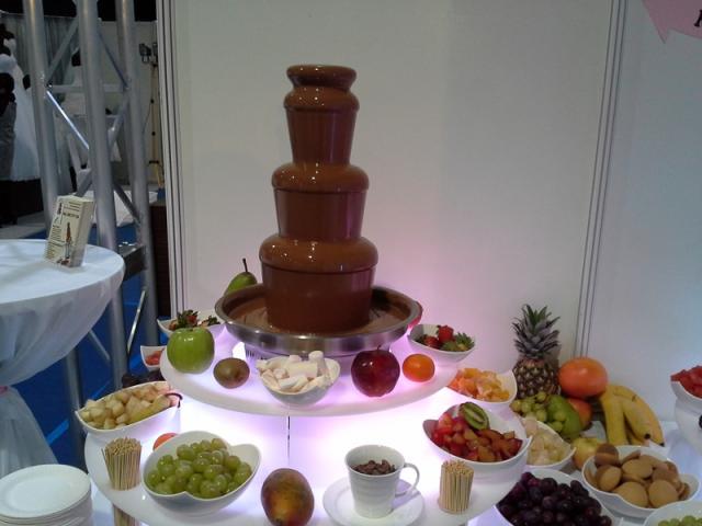 Fontanna czekoladowa i alkoholowa na wesele - SZCZECIN