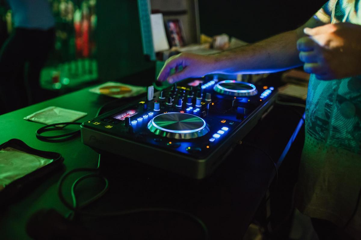 Super DJ na wesele