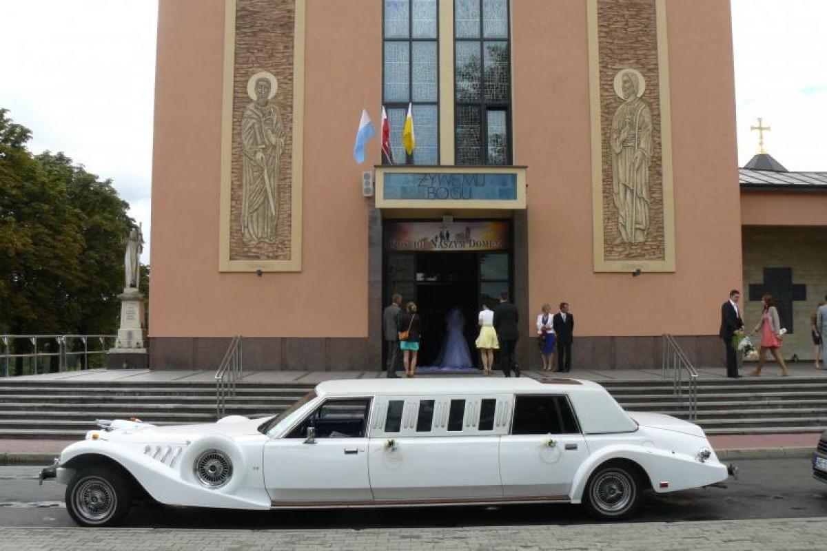 Samochody do ślubu,chrysler limo,biały excalibur,wynajem z kierowcą.