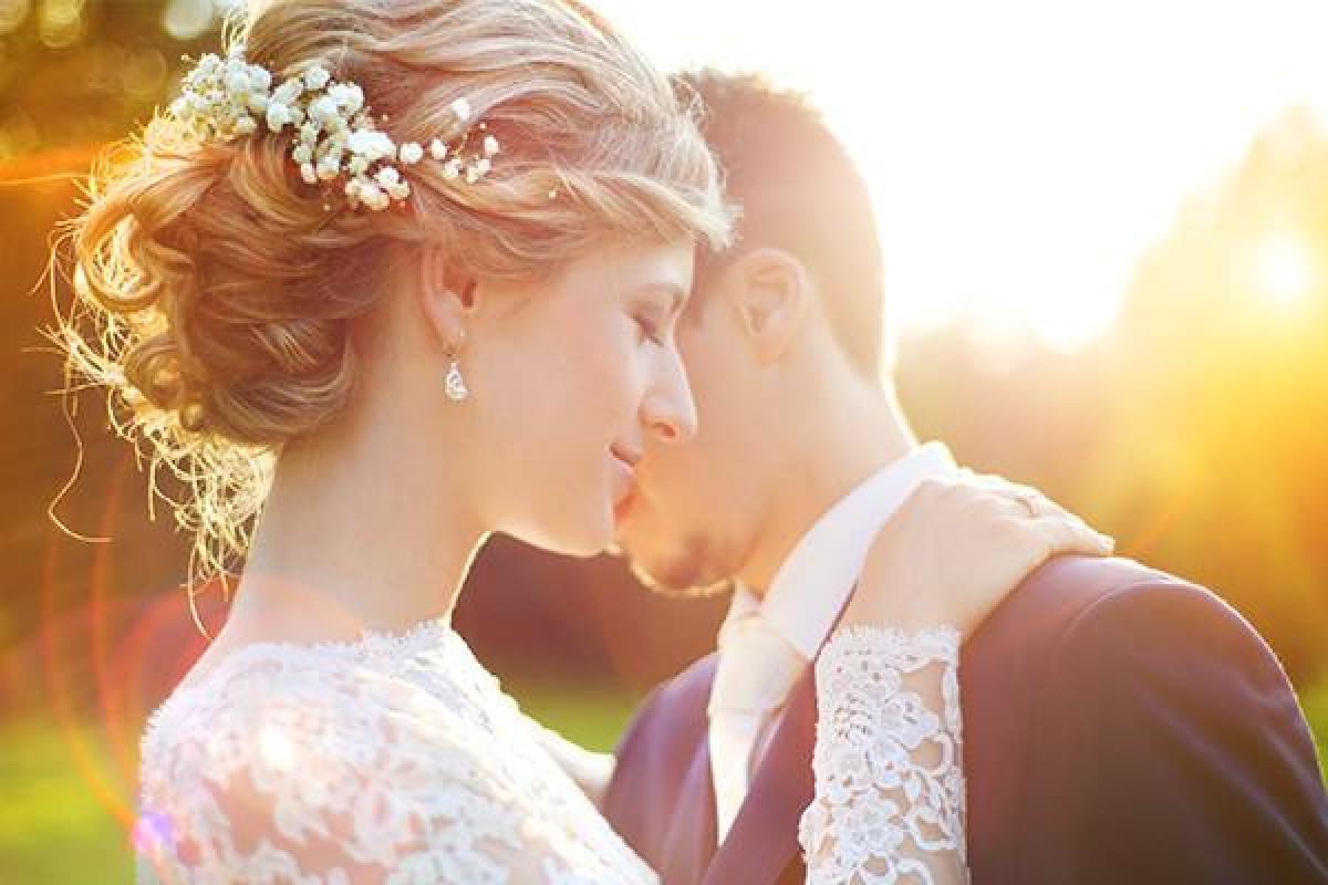 Piękne naturalne filmy ślubne