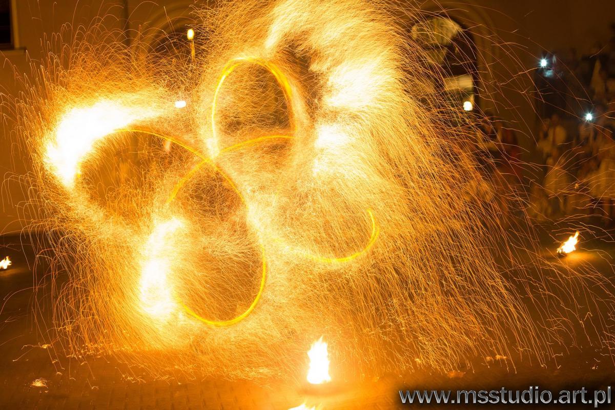 Taniec z OGNIEM | FIREshow | LIGHTshow | LEDshow | Pirotechnika| Iskry