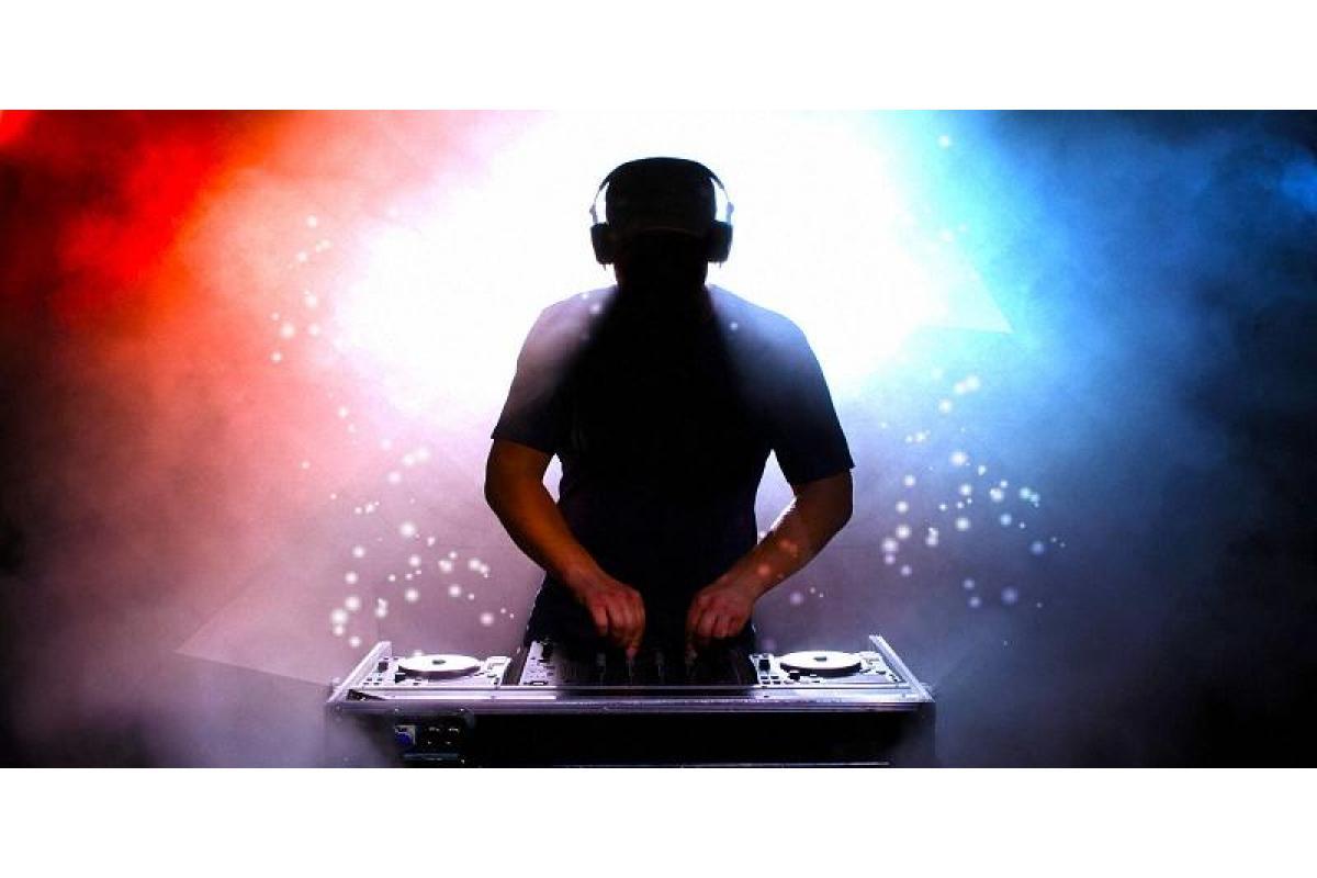 Muzyka weselna taneczna DJ BRUTALL