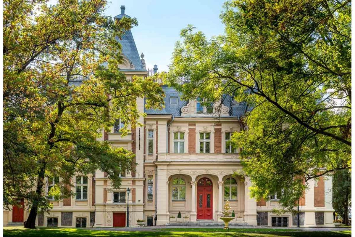 Pałac Ksawerów - wesele jak z bajki