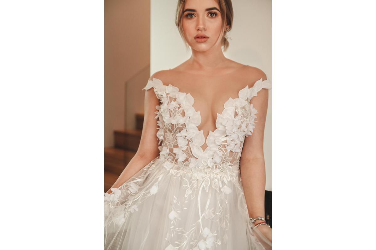 Suknie ślubne szyte na miarę on-line | Realizujemy nawet najbardziej nietuzinkowe zlecenia!