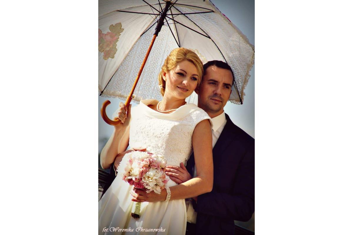 Sesje ślubne, narzeczeńskie, brzuszkowe, portretowe!!