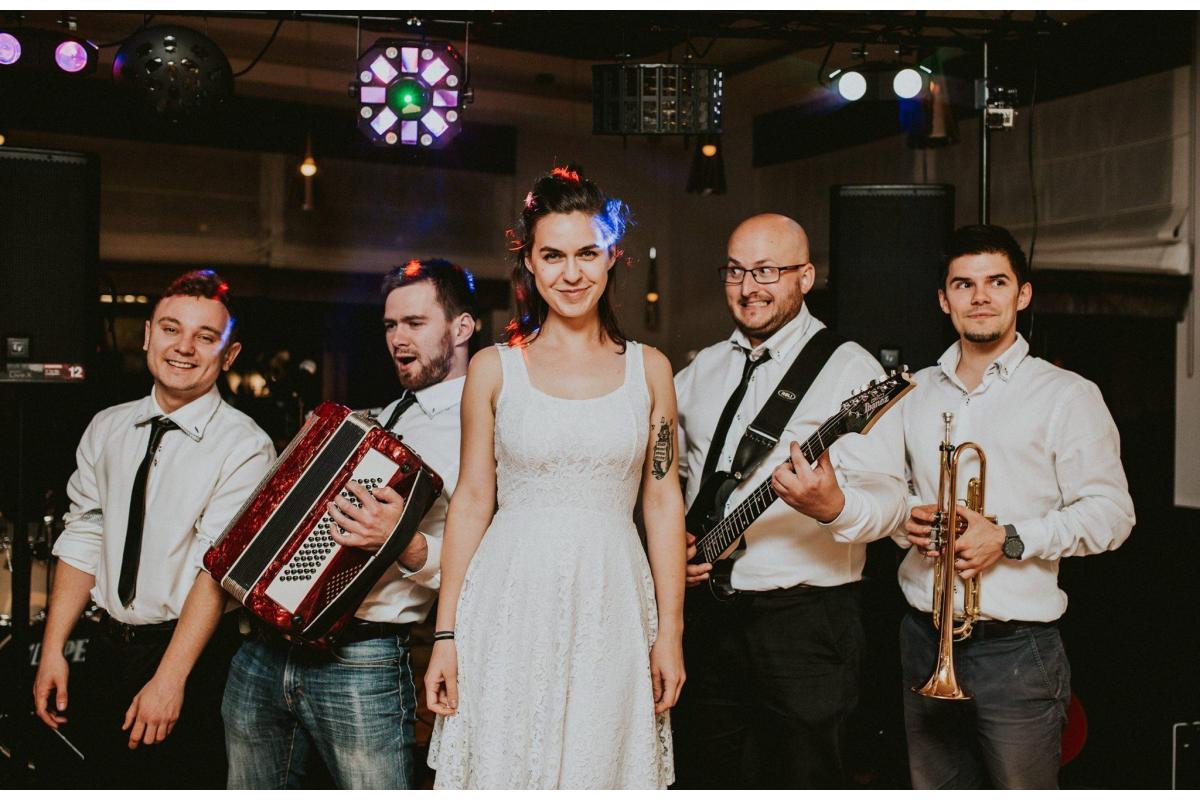 Zespół muzyczny Przeznaczeni - zespół weselny jakiego szukasz