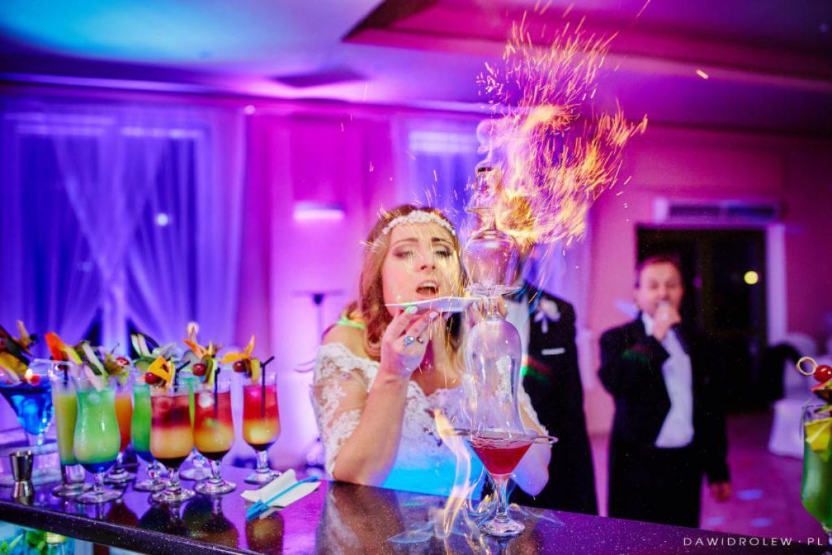 Barniańka - barmani na Waszym weselu.