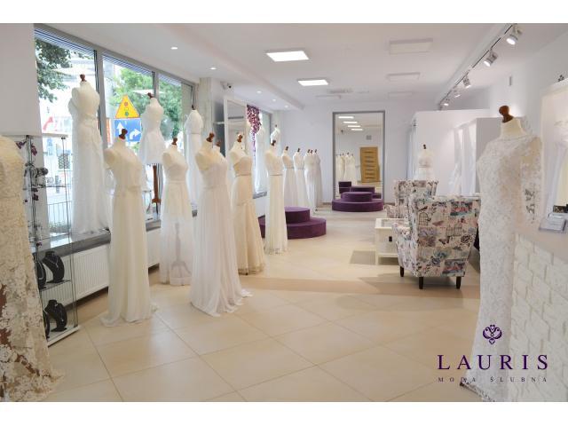 Lauris Moda Ślubna Salon sukien ślubnych