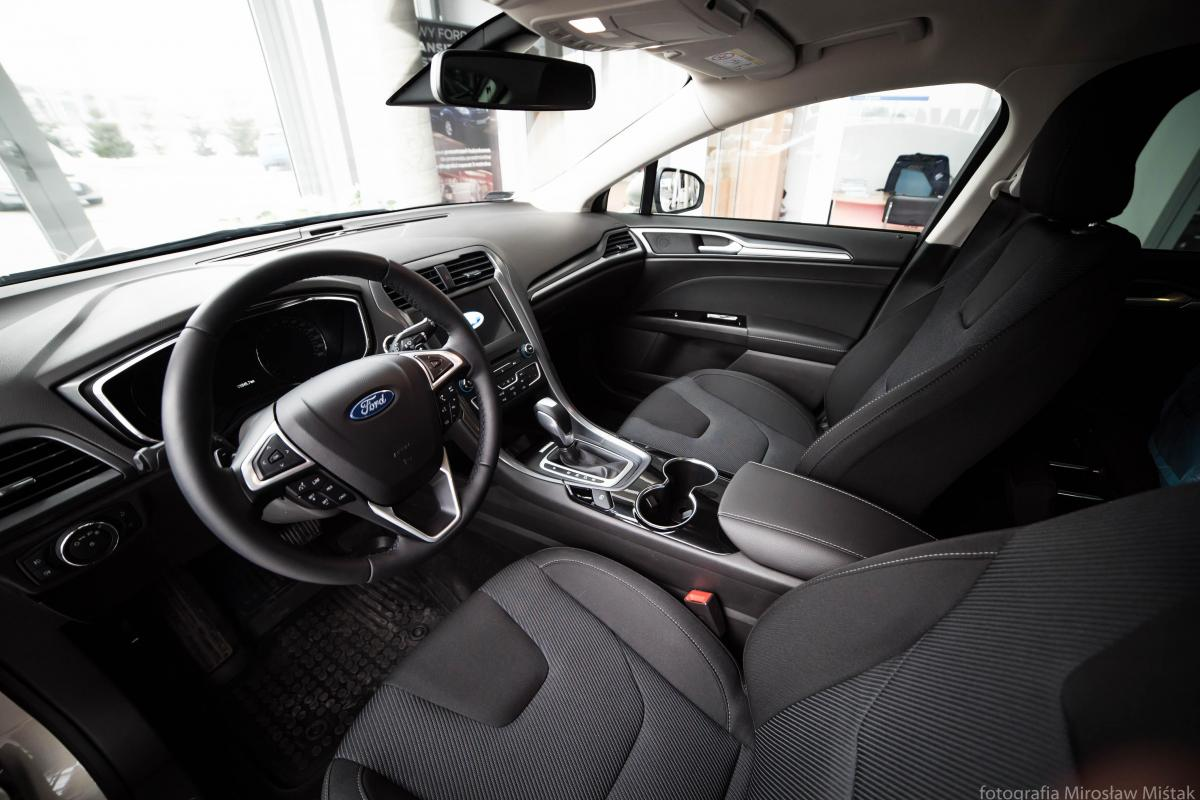 Samochód do ślubu Ford Mondeo Titanium 2016