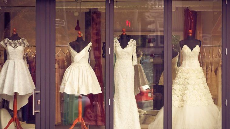 2a26e2a0d0 Krótka suknia ślubna  Tak! Krótkie suknie ślubne to dobry wybór!