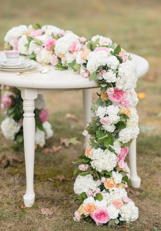 wiosenne dekoracje ślubne