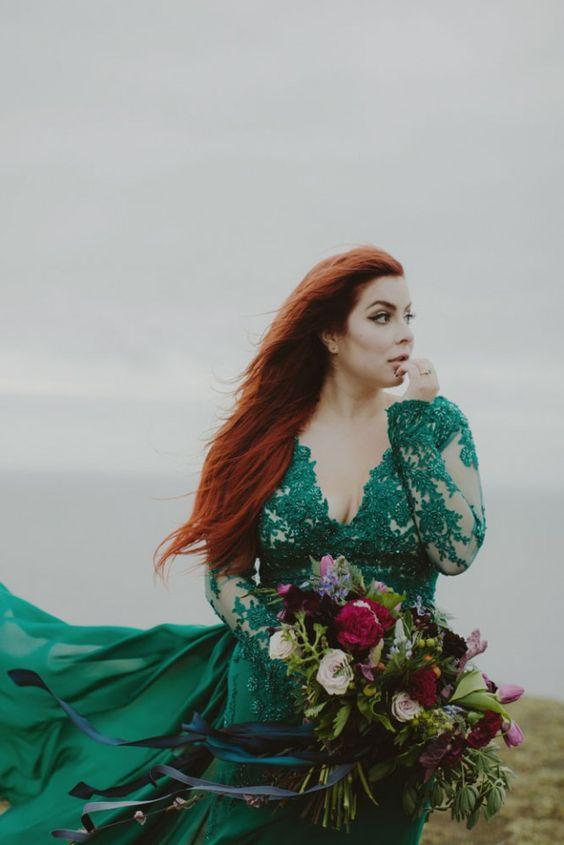 Zielona suknia ślubna