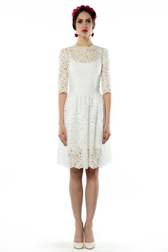 krótka koronkowa suknia ślubna
