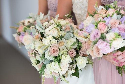 bukiety ślubne na wiosnę
